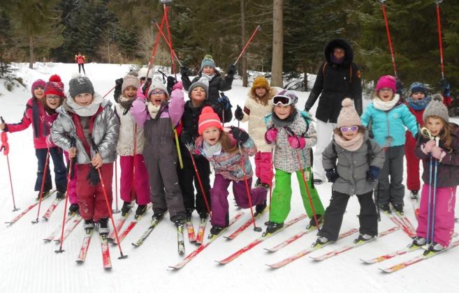 Les élèves de CE CM à la neige