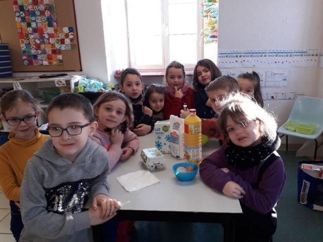 Des crêpes dans la classe de GS CP